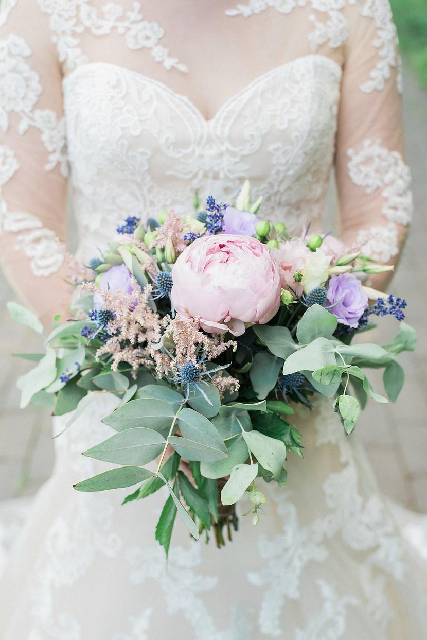 Ottilia virág és dekor, menyasszonyi csokor, esküvői csokor