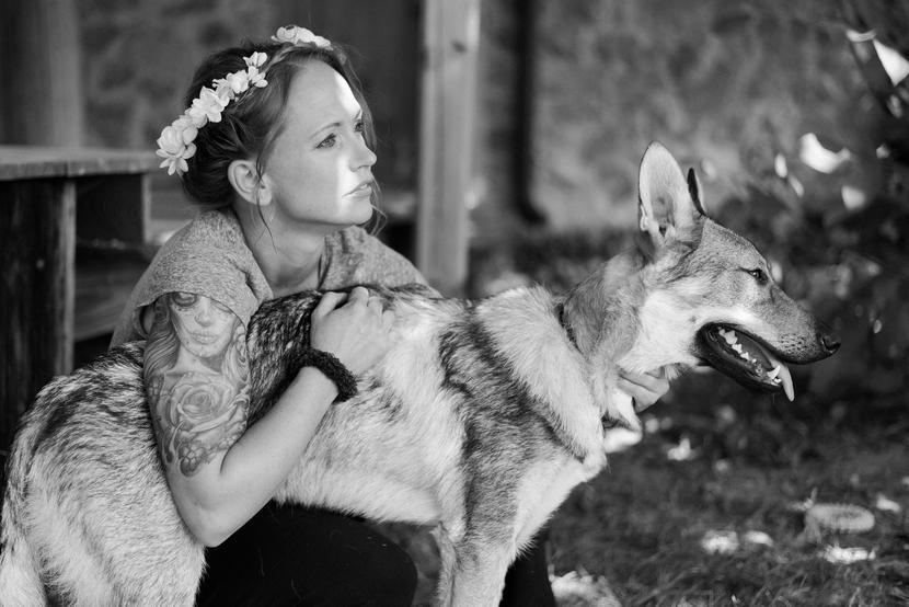 csehszlovák farkas menyasszony fotozsurnaliszta esküvői fotózás